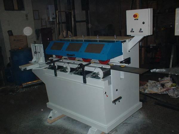 Maquina de trefila, pintura molduras